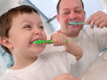 чистка зубов ребенку